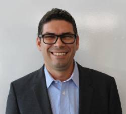 Alex  Loureiro